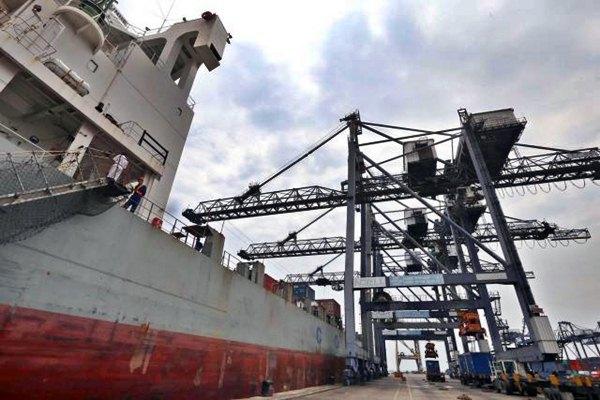 Qatar dan Iran Sepakat Tingkatkan Pengiriman Antar Pelabuhan
